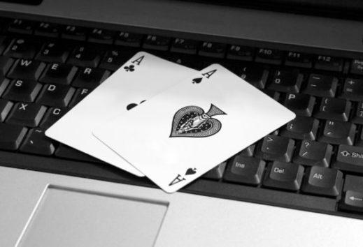 Poker auf der Konsole – Kann die Xbox mit den Webangeboten mithalten?