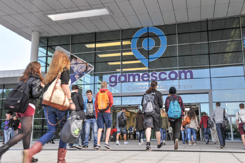 Audioexperiment – Mit Major Nelson und Kopfhörern über die gamescom